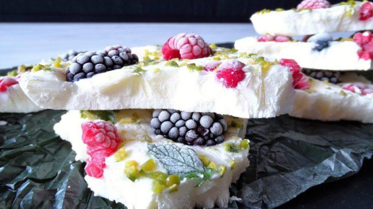 Yoghurt Bark: Die perfekte Alternative zu Eis